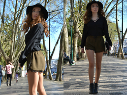 Sofia Marques - Parfois Clutch, Zara Shorts, Zara Shirt, H&M Hat, Bershka Boots, Accessorize Necklace - Walking on sunshine