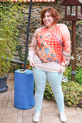 Ninaah Bulles - Sexy More Moogii Sweat, Primark Strip Jean, Cath Kidston Sneakers - Happy Bunny Day!