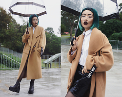 PYRRHICS † - Cres E Dim Unisex Camel Coat, Unif Rival Boot - The Unisex Coat