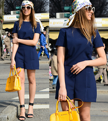Jans Purple Headline - Michael Kors Bag, Zara Blue Overall, Chloé Black High Sandals - Spring In Milan