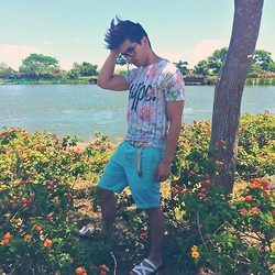 Christian Salonga - Topman Floral T Shirt, Mint Shorts - Spring Fling King