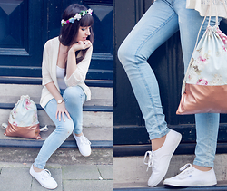Sarah K. - Pretty Sucks Flower Bag, Vans Sneakers, Forever 21 Jeans, Only Cardigan, Asos Flowercrown - Cityflowers