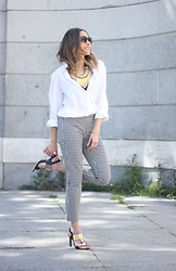 Besugarandspice FV - Zara Trousers, H&M Shirt, Dayaday Necklace, Uterqüe Sandals - Vichy Trousers