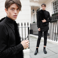 Georg Mallner - Odeur Static Shirt, Onar Aman Scarf Black, Ford+Harris Rings, Tiger Of Sweden Boots - April 07, 2015