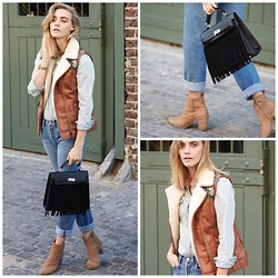 Emma Jane Menteath - Bellfield Waistcoat, Levi's® Shirt, Superbalist Handbag, Country Road Boots, Levi's® Jeans - #SuperbMe
