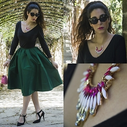Marina Mavromati - Rosegal Statement Necklace, Yesfor Full Skirt, H&M Bracelet, Freyrs Sunglasses - Life is a Fairytale!