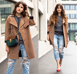 Michèle Krüsi - Topshop Coat, Chloé Bag, Topshop Jeans, Valentino Shoes, Evaw Wave Sweater - SUMMER KEY PIECES