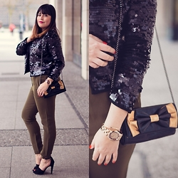 Carlinka Marisol - Zara High Heels, Marc By Jacobs Watch, Cos Pants, Mango Sequins Jacket - GREEN PANTS AND SEQUINS