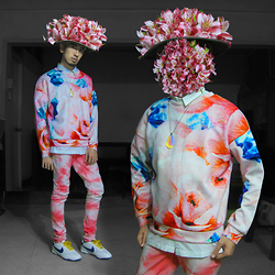 Andre Judd - Abstract Floral Sweater, Abstract Print Jeans, Floral Bouquet - SPRING SURREALISM