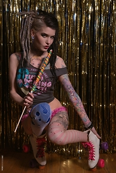Alloy Ash - Teevillian Tutti Frutti Shirt - Roller skates and lollipops