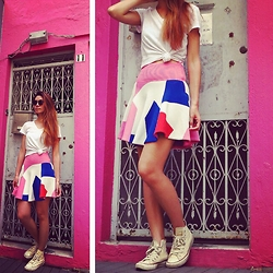 Flavia White -  - Pink and Geometric