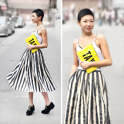 Yaki Man - Kate Spade Clutch, Topshop Top, Vintage Skirt, Alexander Wang Shoes - Spin that skirt