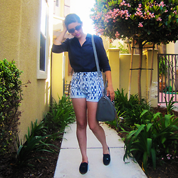 Sandra A - Bdg I Kat High Waisted Shorts, Dolce Vita Alani Loafers, Steve Madden Handbag - GIVE ME LOVE GIVE ME DREAMS