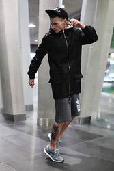 Romek Gelard Gello - Black Parka, Racer Lite, Adidas Originals Shorts - Slow Motion