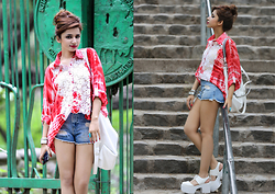 Shruti Singla - Shruti S Batik Shirt, Zara Denim Shorts, Zara White Bag, Asos Block Heel Shoes - Batik is Back