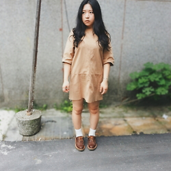 Junci Wang - Chenjingkai Picasa Leather Handmade Oxford - Vintage white socks style