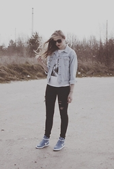 Aley Kay - Primark Jeans Jacket, Nike Vandal, H&M Tights - FADED