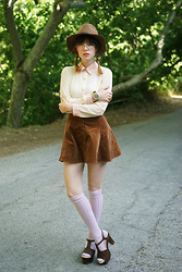 Amy Roiland - Top, Koolaburra Shoes - Lola Lola