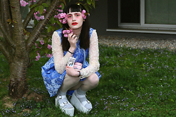 †Norelle Rheingold† - Hidden Fashion Floral Backless Skater Dress (Blue), Yru Orion Sandals (White) - Hidden