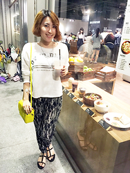 Reina (Ree) - Anchus Necklace, Zara Over Dress Tops, H&M Pants - Hang out