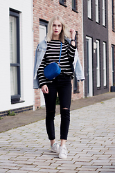 Anita VDH - Subdued Black Ripped Ankle Jeans, Subdued Oversized Denim Jacket, Adidas Stan Smith, Next Blue Shoulder Bag, Zara Striped Oversized Sweater - Day Off With Stripes