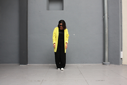 HANSS VESCOVI . - Kenzo Top, Primark Jacket, H&M Sneakers - YELLOW BACK AND THE SUN IS SHINING