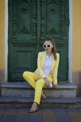 Kristina Poly - Prada Sunglasses, Zara Jacket - YELLOW SUBMARINE