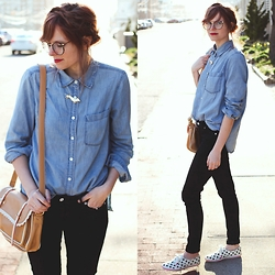 Steffy Degreff -  - Simple chambray