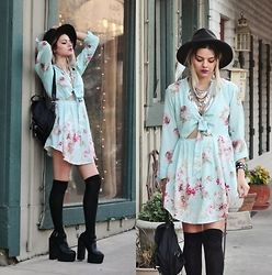 Mickylene Delgado - Oasap Flowy Floral Front Tie Mini Dress, Dressgal Coin Layered Necklace, Missguided Bronhilda Extreme Platform Boots - SPRING BREAKER