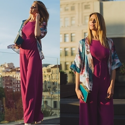 Vanessa Basanta - David Christian Fucsia Jumpsuit - Take me to the Sun