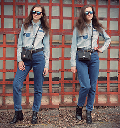 Kiamyse L -  - Total denim look