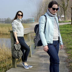 Albina Van den Berg @albinaberg - Romwe Sweater, Primark Plimsolls, Costes Leather Jacket - For an active day