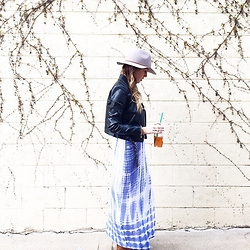 Anna Schowe - Chan Luu Dress, H&M Hat - Blues.