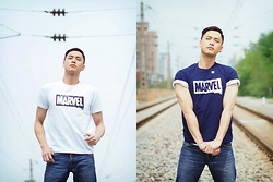 Chris Su - Uniqlo Tee - The avengers are coming
