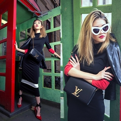 Bam It's Joanne - Louis Vuitton Chain Louise Clutch, Staple The Label Maxi Dress, Sunday Somewhere Sunglasses, Louis Vuitton Red Shoes, Mango Black Leather Jacket, Elegant Touch Nails, Samantha Wills Rings, Saint Laurent Red Lipstick - Magazine Editorial