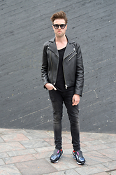 Jordi - Acne Studios Gibson Leather Jacket, Zara T Shirt, H&M Jeans, Raf Simons Rising Star 2 Sneakers - Rising Star II