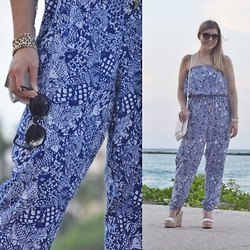 Jillian Goltzman - Target Lilly Pulitzer For Jumper, Forever 21 White Wedges, H&M White Clutch, Target Black Sunglasses - Fish Out of Water