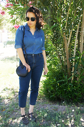 Nelly Ojeda - Liz Claiborne Denim Button Up, Levi's® High Wasited Jeans, Capa De Ozono Black Jelly Sandals, Thrifted Vintage Mini Bag, Miau Store Sunnies - Denim on Top & Denim on the Bottom (Look #2)