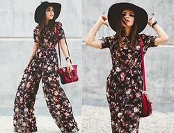 Daniela Ramirez - Shoppiin Jumpsuit, Danielle Nicole Bag, H&M Hat - The floral jumpsuit