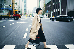 Samantha Mariko - Uniqlo Trench Coat, Zara Jumpsuit, Metrocity Bag, Garment Seven Loafers - Business casual