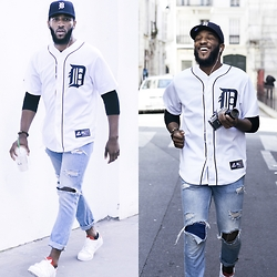 Ricky Thomason - Detroit Tigers Shirt, Levi's® Jean, Adidas Superstar Camo15 - DETROIT TIGERS /!
