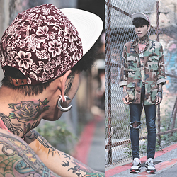 IVAN Chang - Genuinebyanthony Snapback, Tastemaker 達新美 Vintage Shirt, Tastemaker 達新美 Top, Nike Air Max 1 - 270415 TODAY STYLE
