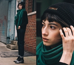 Cara Jimenez - Dptr Black Beanie, Comptoir Des Cotonniers Green Scarf, Comptoir Des Cotonniers Dark Blue Jeans, French Connection Patent Leather Booties - ANYTHING BUT BASIC