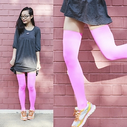 Ren Rong - We Love Colors Neon Pink Thigh Highs, Skechers Neon Sneakers - Pink Stems