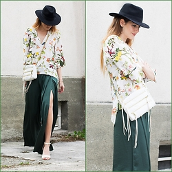 Alix M - Rebecca Minkoff 5 Zip Bag, Zara Palazzo Pants, Fedora Hat - Green Palazzo Pants and rebecca Minkoff 5 zip