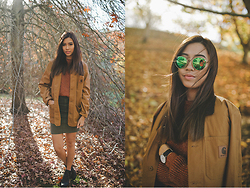 Jody Nguyen - Raybans, Carhartt Jacket - Apple Pie