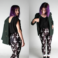 Valentina Ocampo - Black Milk Clothing Leggings, Zara Blazer, Zara T Shirt - Nineteen ninety five