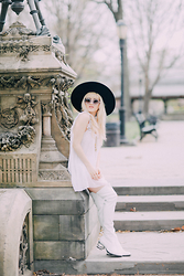 Rachel Lynch - Nasty Gal Black Hat, Wildfox Clear Circle Glasses, Vintage Victoria Secret White Slip, Jeffrey Campbell White Go Go Boots - If you ever want to be in love