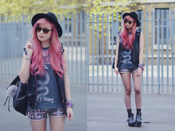 Amy Valentine - Primark Fedora, Ray Ban Oversized Clubmaster Sunglasses, Urban Outfitters Nirvana Tee, Urban Outfitters Leather Rucksack, Fashion Union Sequin Shorts, Spylovebuy Platform Boot, Missguided Leather Vest - SERVE THE SERVANTS