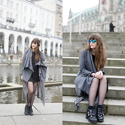 Andrea Funk / andysparkles.de - Rosewe Grey Coat - All Grey Layering